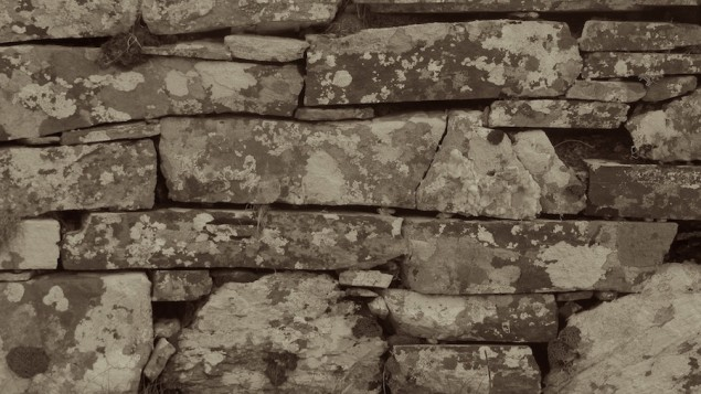 Trockensteinmauer am Three Castle Head; © Markus Bäuchle, Wanderlust_Wandern in Irland