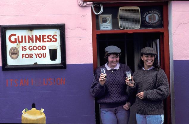 Irish_Pubs_Dan_Foleys_Guest
