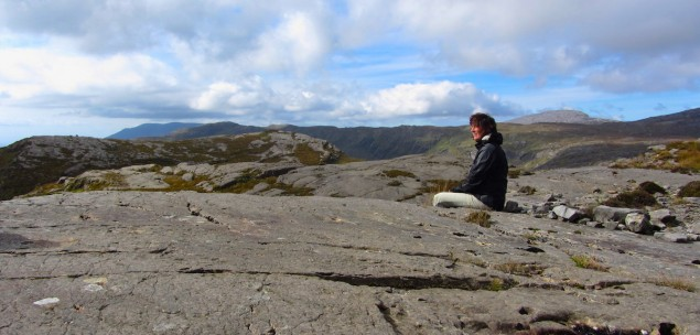 Nartur-Wandern in den wilden Bergen Irlands
