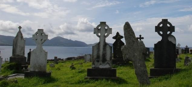 Auf dem Friedhof statt inmitten der Touristen-Ströme