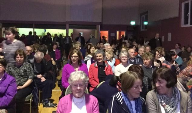 Vollversammlung: Die Cluin Community Hall
