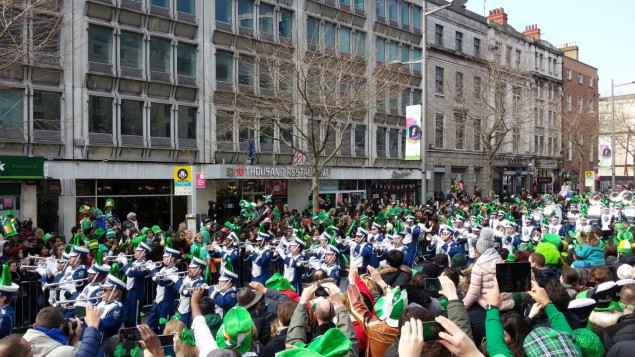Besucher der Patricks´s Parade Dublin