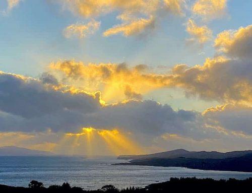 Herbst in Irland: Himmlisches Drama über Bantry Bay