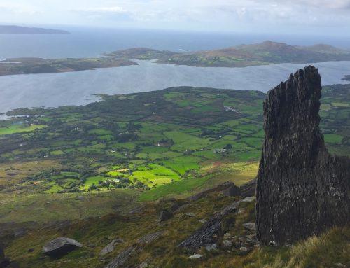 Frei unterwegs in Irlands weiten Gebirgen