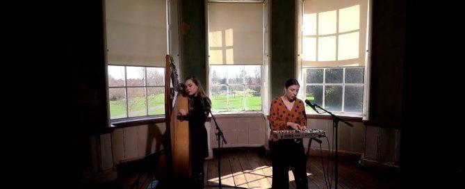 Irlands beliebteste Folk Songs - Only A Woman's Heart